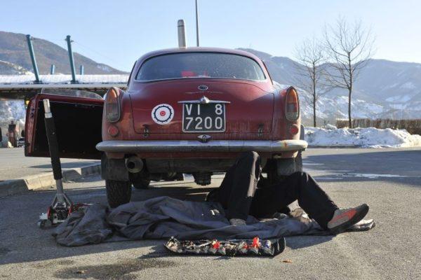 13e Rallye Monte-Carlo Historique 2010 (11)